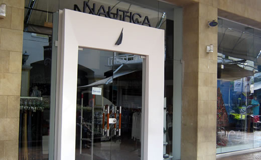 Nautica cali centro comercial jard n plaza for Bodytech cali jardin plaza